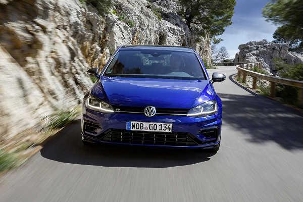 VW Golf R Performance 2017